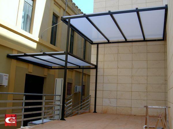 Cariso pl sticos for Techos de metal para terrazas